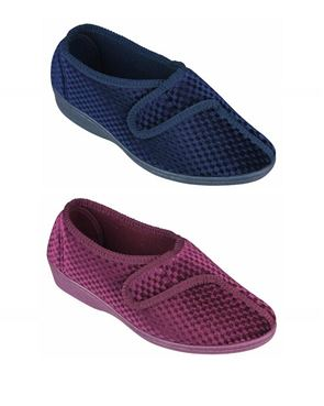 Lotus Velcro Slipper