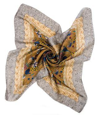 Bouquet Scarf