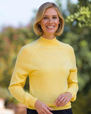 Merino Wool Turtle Neck Sweater - Lemon