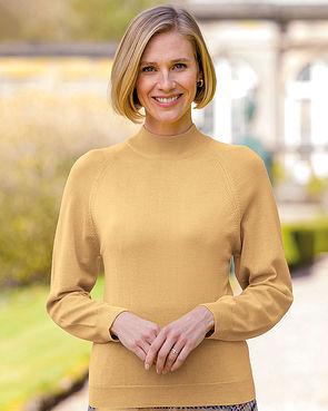Merino Wool Turtle Neck Sweater - Mimosa