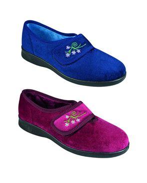 e0b16db6d355 DB Wider Fit Caroline House Shoe