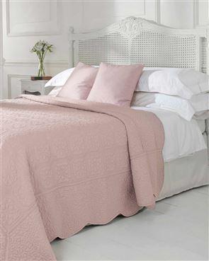 Victoria Bedspread