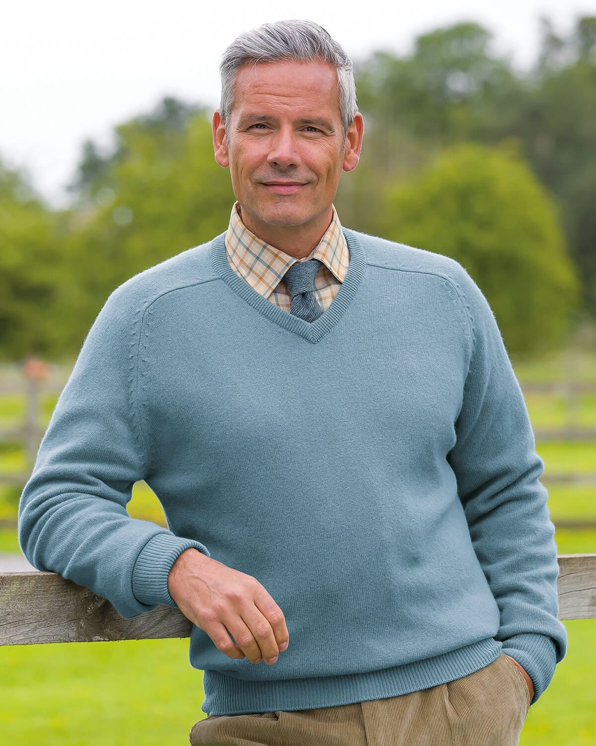 Lambswool V Neck Sweaters - Mens